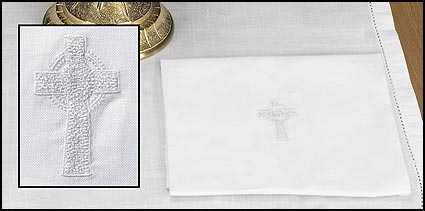 White Celtic Cross Lavabo Towel