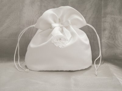 First Communion Purse with Irish Claddagh