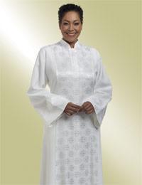 ladies white brocade clergy preaching robe